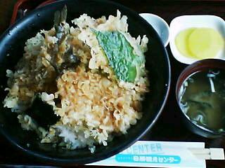 9月13日の昼ご飯:レストハウス日勝観光センター(日高)