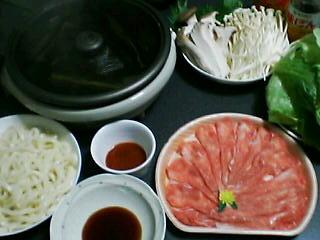 11月19日の夕ご飯:豚肉とレタスのしゃぶしゃぶ鍋