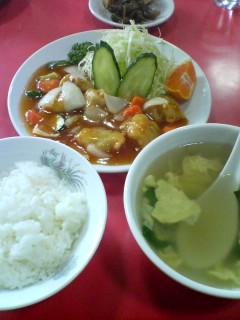 11月27日の昼ご飯:新雅飯店(弘前)
