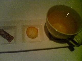 12月4日の夕ご飯:ダ・サスィーノ(弘前)紅茶