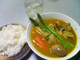 3月11日の夕ご飯:鶏肉とアスパラのスープカレー